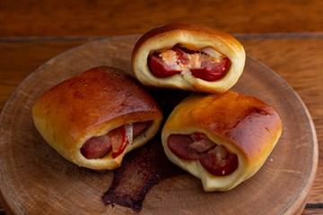 Imagem de Mini Hot Dog de Forno Recheado (Un)