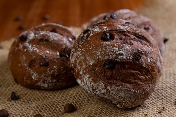 Imagem de Pao de Cafe com Gotas de Chocolate (Un)